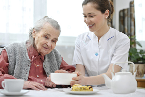 American Focus Care caregivers provide assisted living services in Phoenix, Arizona